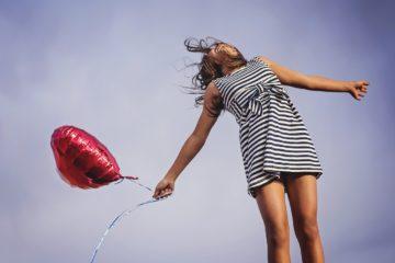 Femme avec une énergie positive